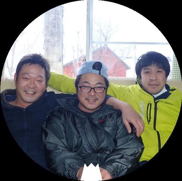 鬼脇地区で活躍する漁師さんたち (左から)齋藤さん・池亀さん・塚本さん