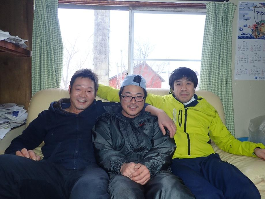 鬼脇地区で活躍する漁師さんたち(左から)齋藤さん・池亀さん・塚本さん